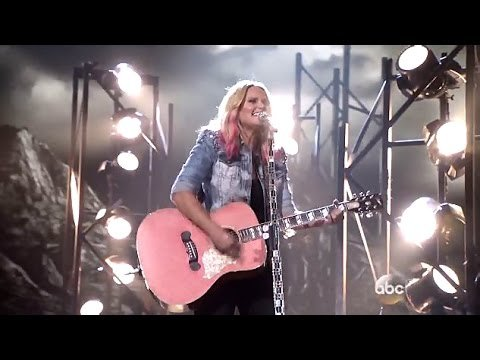 Bathroom Sink Youtube Cma miranda wins 6th cma female vocalist of the year award - news